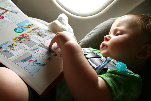 travel-blog-traveling-baby-plane-3